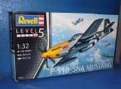 Revell 1/32 3944 P-51D-5NA Mustang Date: 00's