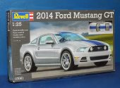 Revell 1/25 07061 2014 Ford Mustang GT Date: 00's