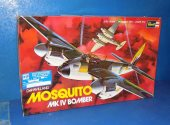Revell 1/32 H180 Mosquito Mk.IV Date: 1971