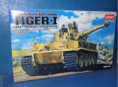 Academy 1/35 13239 Tiger I Early w/ Interior Date: 00's