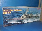 Dragon 1/350 1033 USS The Sullivans DDG-68 Date: 00's