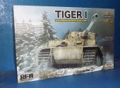Rye Field 1/35 5025 Tiger I w/ Full Interior Date: 00's