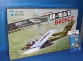 Kitty Hawk 1/32 32004 OV-10A/C Bronco w/ SAC Metal Undercarriage Date: 00's