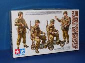Tamiya 1/35 35337 British Paratroopers w/ Motorcycle Date: 00's