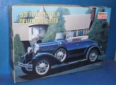 Minicraft 1/16 11221 1931 Ford Model A Deluxe Roadster Date: 00's