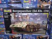 Revell 1/35 3238 Bergepanther (Sd.Kfz. 179)