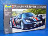 Revell 1/24 Porsche 918 Spyder with Weissach package 7027
