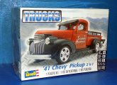 Revell Monogram 1/25 7202 1941 Chevy Pickup 2' in 1