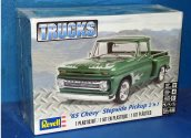 Revell Monogram 1/25 7210 1965 Chevy Stepside Pick Up