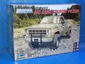 Revell Monogram 1/24 7226 78 GMC Big Game Country Pickup