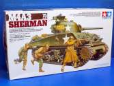 Tamiya 1/35 35250 M4A3 Sherman w/75mm Gun & 3 figs.