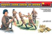 Miniart 1/35 35153 SOVIET TANK CREW AT WORK