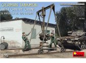 Miniart 1/35 35350 German Tankmen w/ Gantry Crane & Maybech HL 120 Engine