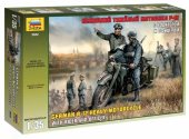 Zvezda 1/35 3632 German WWII R12 Motorcycle & 2 riders