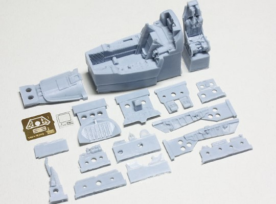 Wolfpack Design 1/48 WP48166 A-7E Corsair II Early type Cockpit set